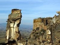 Resti palazzo Craco