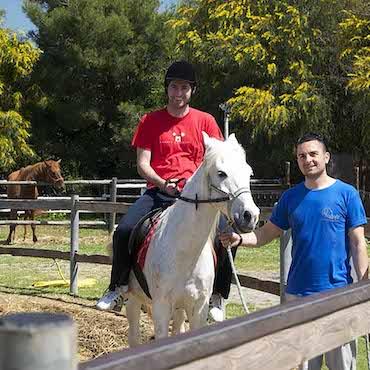 Maneggio escursione a cavallo in agriturismo Basilicata